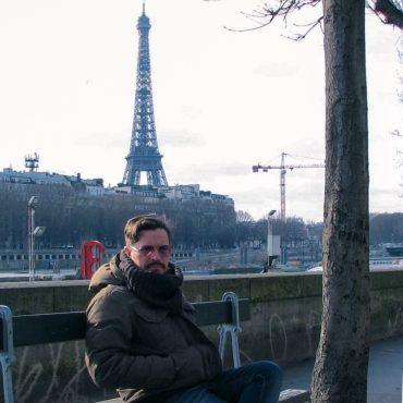 Гастроль на «тот свет». Репортаж с парижского кладбища Пер-Лашез