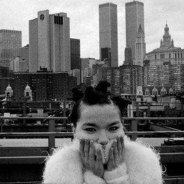 Big Time Sensuality / Björk