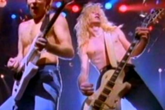 Pour Some Sugar on Me / Def Leppard
