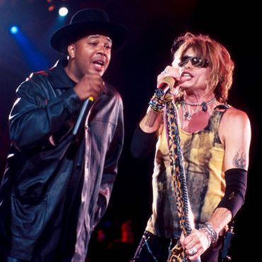 Walk This Way / Aerosmith & Run DMC