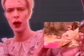 Ashes to Ashes / David Bowie